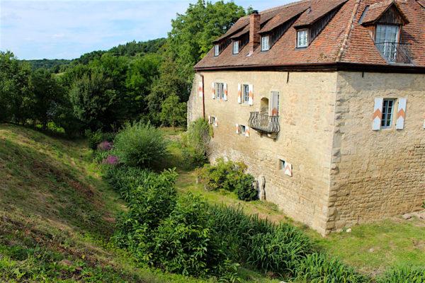 Geyer-Schloss Garten und Gebäude